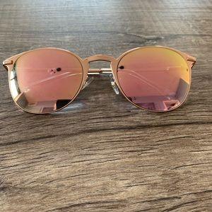 Accessories - Rose gold sunglasses